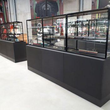 Referenzbild vom Aufbau der Ladenfläche Modellbahnhersteller Märklin