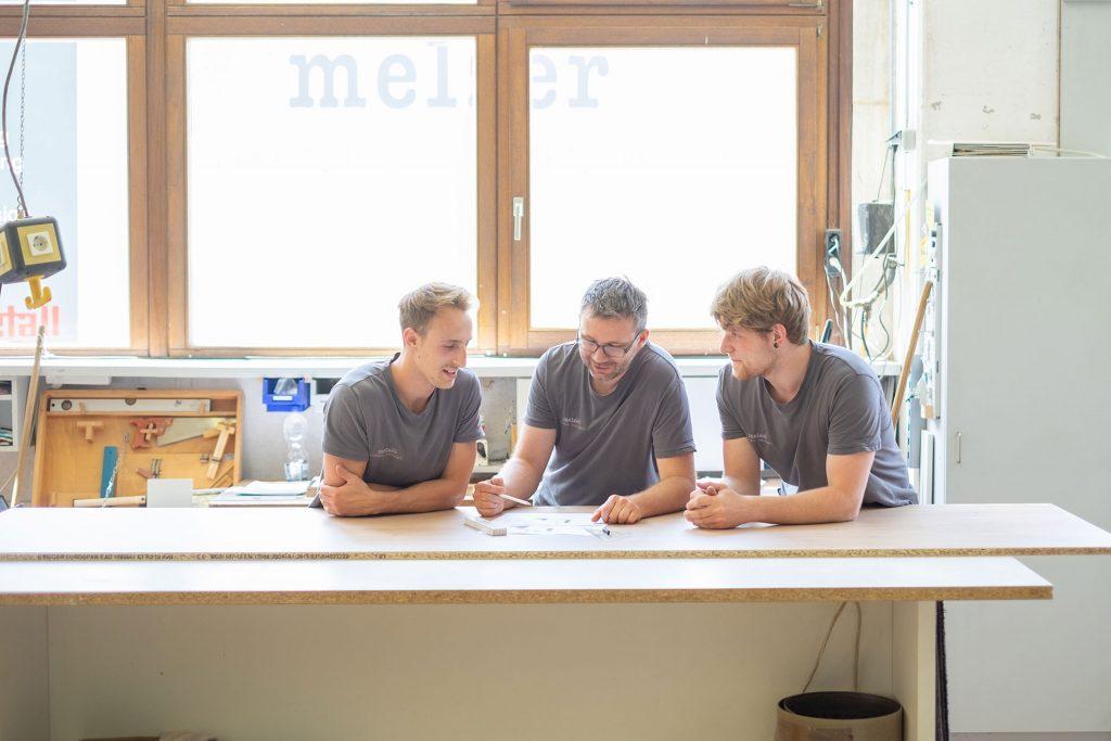 Mitarbeiter bei der Planung